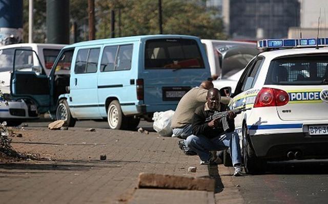 南非女侨胞遭抢匪当街射杀 华人应注意远离高危地区!
