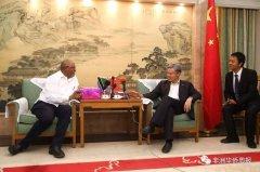 """大使说(一):""""一带一路""""与中坦关系"""