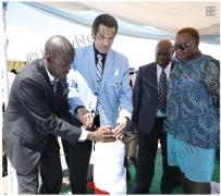 """博茨瓦纳总统卡马:我们可以打赢""""抗艾""""这场战争"""
