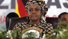 <strong>津巴布韦前总统夫人涉嫌向中、美等国</strong>