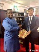 中铁二十局安哥拉国际公司董事长陈磊拜访塞拉利昂总统